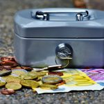 cashbox-1642989_1280